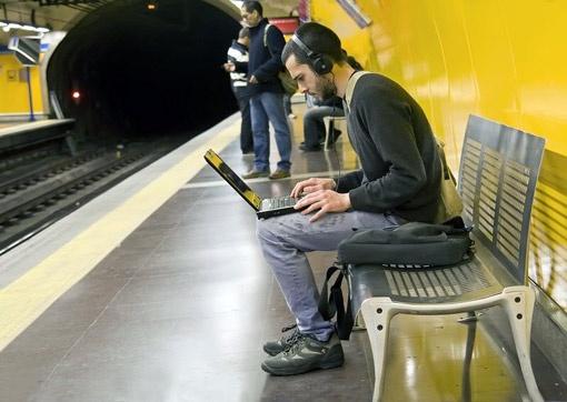 В жизни есть занятия и поинтереснее, чем «зависание» в социальной сети.