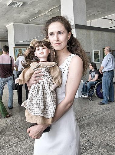 Новая хозяйка бельгийской куклы Ольги Сумской.
