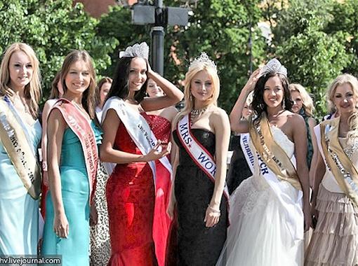 Обладательница титула «Миссис мира» лично выбрала девушку, которая будет представлять нашу страну на конкурсе мирового уровня в этом году.