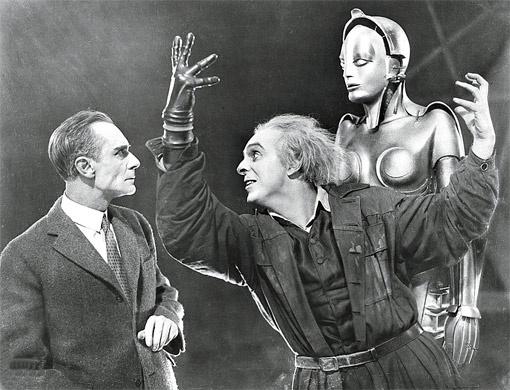 «Метрополис» (один из первых в мире фантастических фильмов режиссера Фрица Ланга) покажут на Потемкинской лестнице в сопровождении симфонического оркестра.