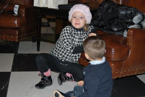 Еве Добкиной уже скоро пора будет готовиться к школе.