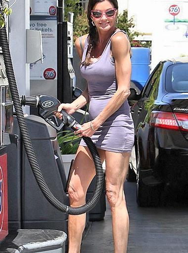 На днях Дженис устроила настоящее шоу на одной из автозаправок Лос-Анджелеса. Фото Splash/All Over Press.