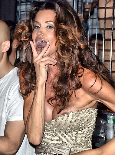Внимание публики снова привлёк вызывающий наряд актрисы. Фото Splash/All Over Press.