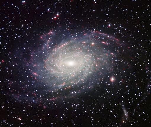 Астрономы сфотографировали двойника Млечного Пути. Фото ESO.