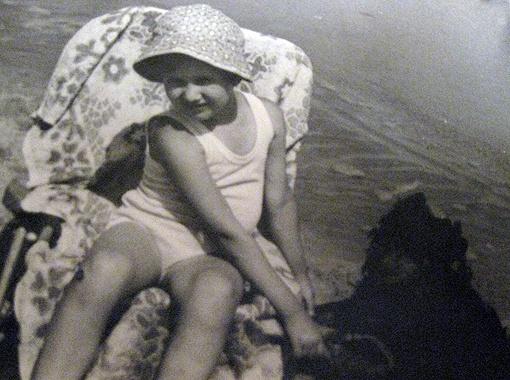 У Кати Бужинской в пионерском лагере жизнь бурлила. Став взрослой, певица предпочитает тихий отдых у воды.