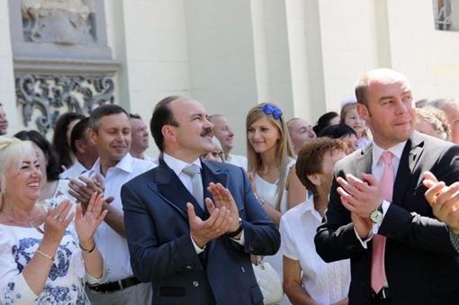 На свадьбу пришли ВИПы и мэры двух городов. Фото Ростислава Ковальчука \ LUFA