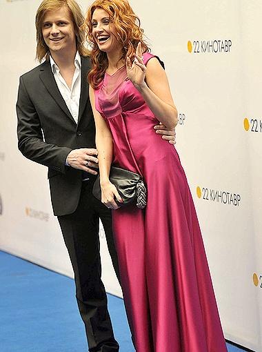 Анастасия Макеева с мужем. Фото Владимира Веленгурина.