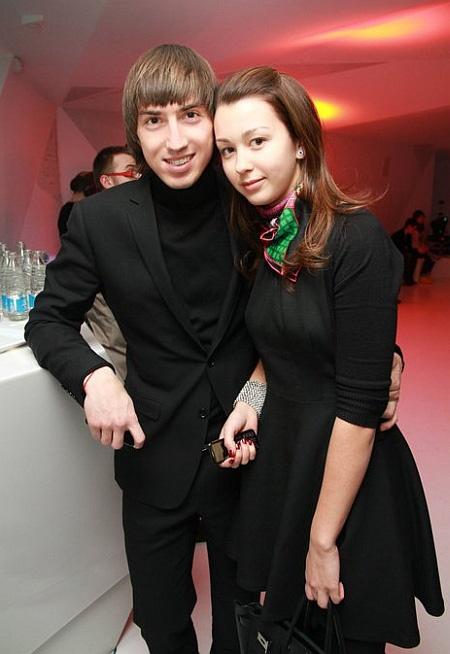 Саша и Катя сыграли свадьбу под Киевом. Фото: facebook.com