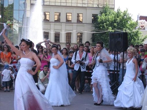 Оценивали невест по нескольким параметрам. Фото Натальи БОЙЧЕНКО.