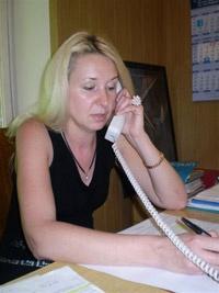 Нонна Назаркевич: «В столичный Центр работы с женщинами (на фото справа) за год обращаются за помощью три тысячи киевлянок».