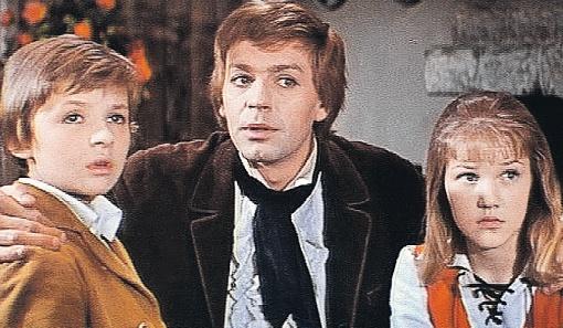 Еще школьницей Проклова сыграла Герду в «Снежной королеве».