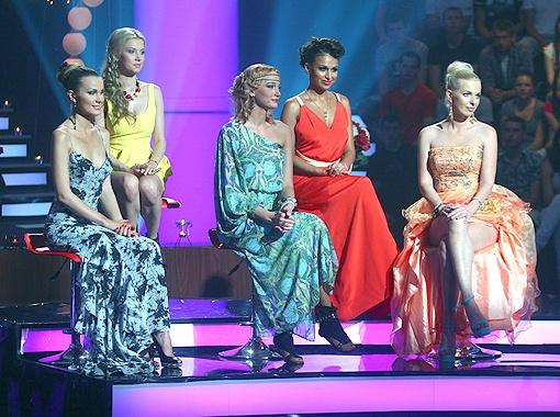 Самые яркие участницы шоу приехали на съемки, чтобы посмотреть Холостяку в глаза.