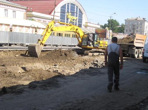 В 2011 году также отремонтируют улицы: Янтарную, Шмидта, Героев Сталинграда и Малиновского. Фото Марии ЯШИНОЙ.
