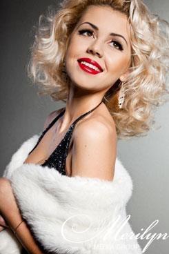 Фото с сайта www.merilyn-models.com