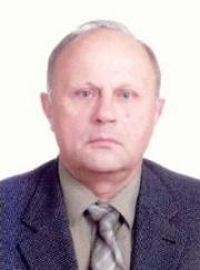 В 14-этажке на ул. Октябрьской Революции Виталия Татькова характеризуют как «нормального мужика».