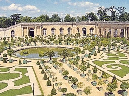 Для своего бракосочетания Малахов выбрал дворец французских королей.