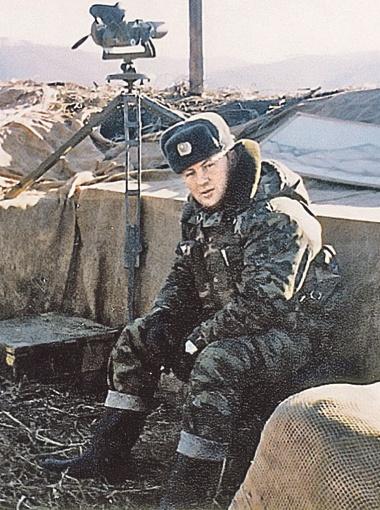 Для одних Буданов - герой войны, настоящий полковник. Для других - хладнокровный убийца... Фото из архива Будановых.