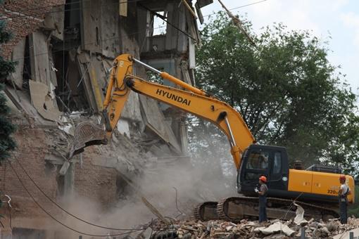 Как разрушали гостиницу «Дружба». Фото: Александра Борушка.