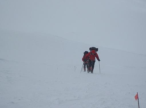 В снегах Шиша-Пангмы.