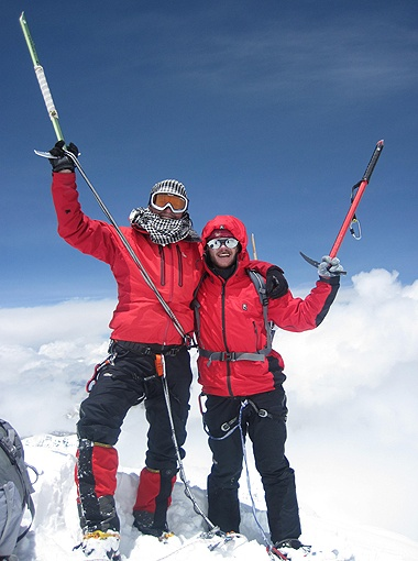 Дошли!!! Олег Логвинов и Сергей Орлов на вершине Шиша-Пангмы.