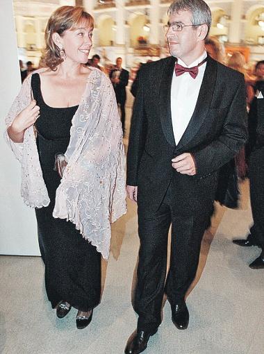 Арина и ее муж Эдуард - восхитительная пара. Фото Владимира ВЕЛЕНГУРИНА.