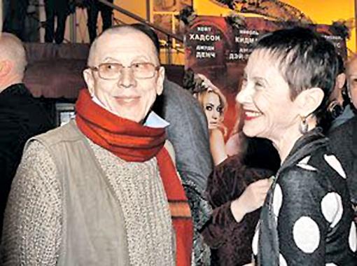 В последнее время Золотухин со своей нынешней законной женой Тамарой любят собираться на праздники вместе с Ниной Шацкой, первой законной женой актера. Фото Милы Стриж.