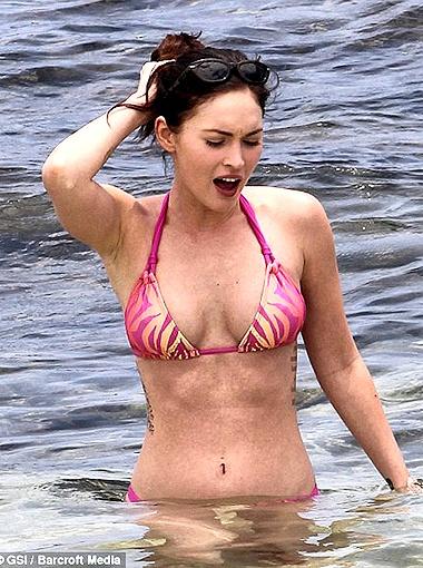 Меган резвилась, словно морская нимфа. Фото Daily Mail.