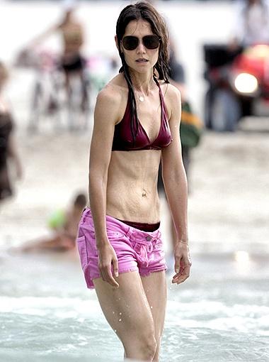 Тому Крузу явно стоит побеспокоиться: Кэти Холмс выглядит болезненно худой! Фото Splash/All Over Press.