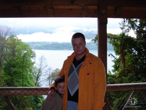 Ваграм Симовьян с сыном. Фото с сайта odnoklassniki.ru