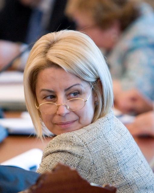Должность «главного по гуманитарке» могут реанимировать специально под Анну Герман. Фото Михаила МАРКИВА.