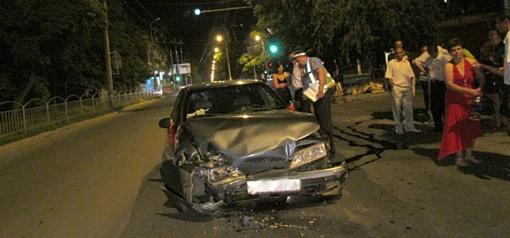 В результате происшествия пассажир одного из авто доставлен в больницу. Фото: 0629.