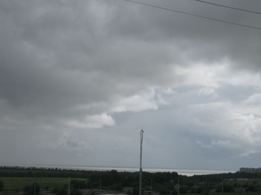 Непогода свирепствует уже несколько суток.  Фото: Николай Рябченко.