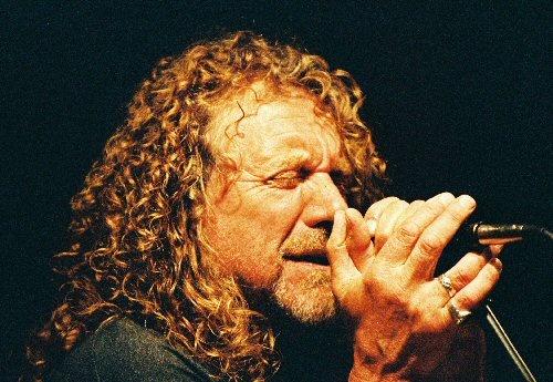 Легенда рок-музыки Роберт Плант завершит июльский звездный парад. Фото с сайта konstantind.com