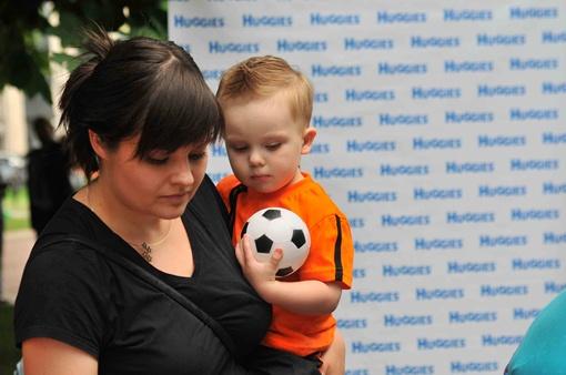 В будущем известный футболист принимал участие в параде колясок. Фото: Константин Буновский.