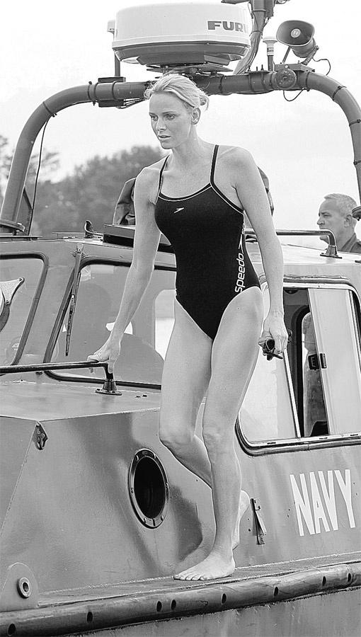 Рекордный заплыв Шарлин Уиттсток - из Южной Африки в Монако. Фото REX/FOTOBANK.