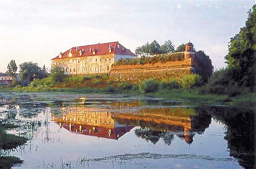 У стен Дубенского замка погибли герои Гоголевского «Тараса Бульбы».