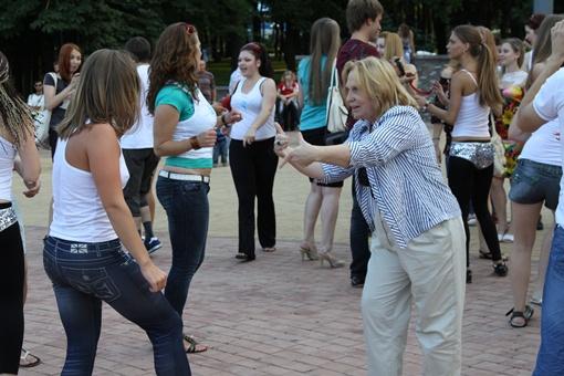 Принять участие в танцах мог каждый. Фото: Павел Колесник.