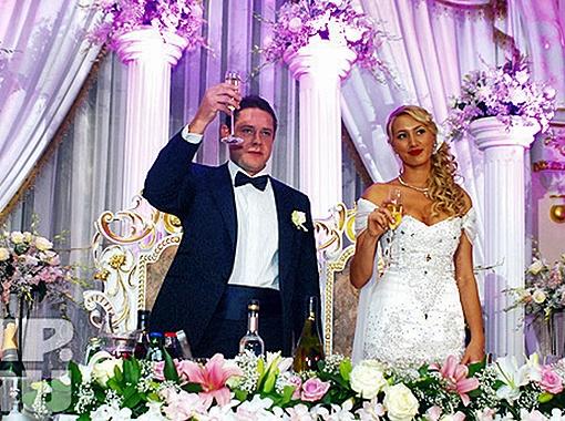 Год назад Павел женился на прекрасной девушке Алине. Неужели он увлекся другой? Фото из архива