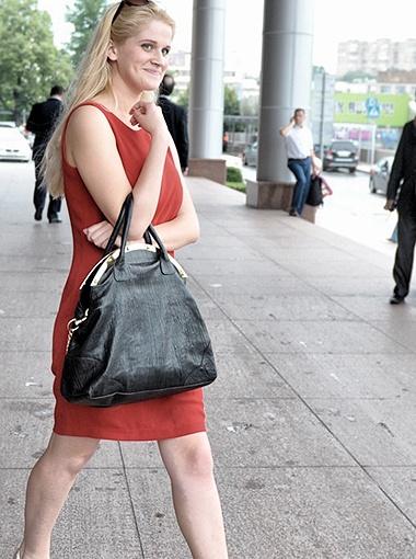 Павлу всегда нравились стройные блондинки. Фото Евгении Гусевой.