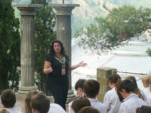 Руслана провела детям мастер-класс.