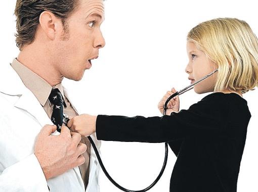 - А вас, доктор, мы будем лечить с помощью новых правил и модернизации здравоохранения.