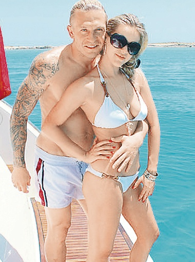 Андрей и Юлия Воронины отдохнули на Ибице. Фото с сайта odnoklassniki.ru.