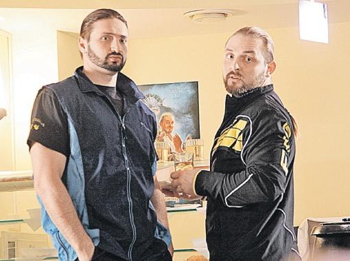 Эдгард и Аскольд Запашные теперь и звезды сериала.