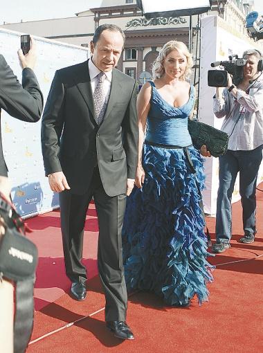 Супруги Тигипко были одной из самых элегантных пар на фестивале.
