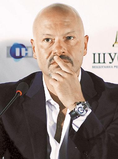 Услышав слова Михалкова, Федор жутко засмущался.