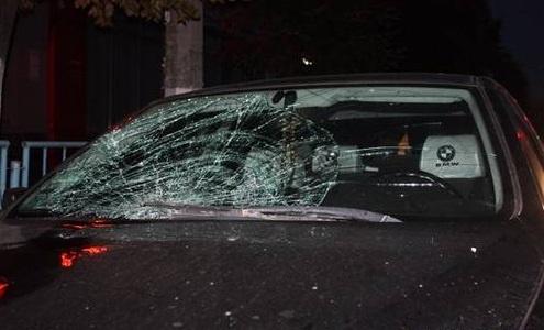 BMW сбишая людей. Фото с сайта 1zt.ua.