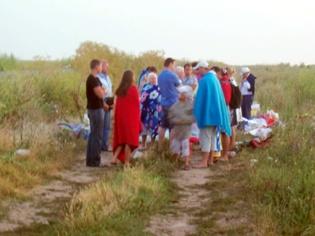 Пассажиры ждали, когда им окажут помощь. Фото: infobraila.ro