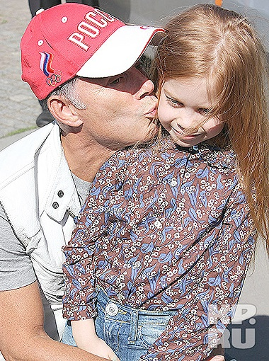 Олег Газманов с дочкой Марианной.