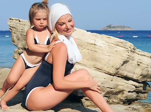 Дочка оперной дивы как две капли воды похожа на свою звездную маму. Фото Марии Ремизовой.