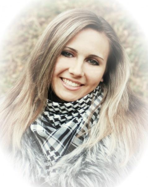 Даша намерена наказать обидчика: уже написала заявление в милицию.Фото с сайта vkontakte.ru.